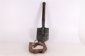Original WWII Russian Trench Shovel M40 with Leather Case.